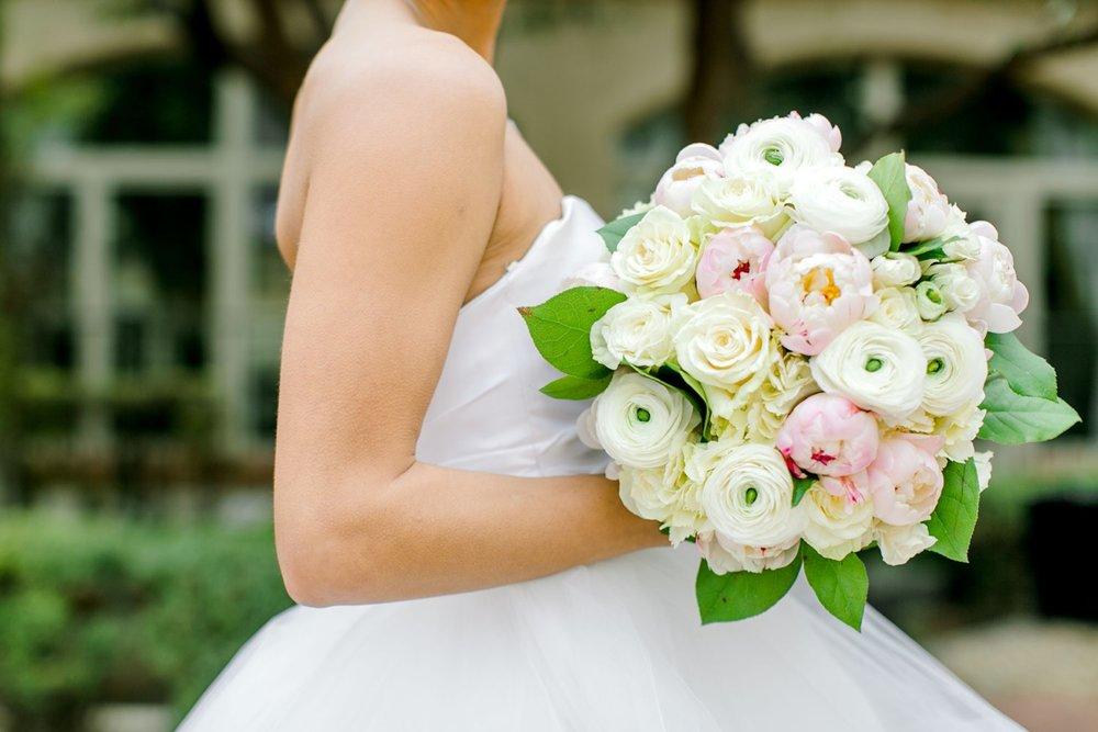 Taylor-Williams-Merket-Alumni-Center-Texas-Tech-Weddings-Lubbock-Photographer_0010.jpg