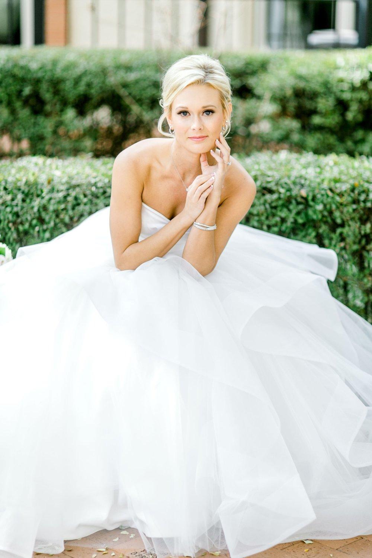 Taylor-Williams-Merket-Alumni-Center-Texas-Tech-Weddings-Lubbock-Photographer_0017.jpg
