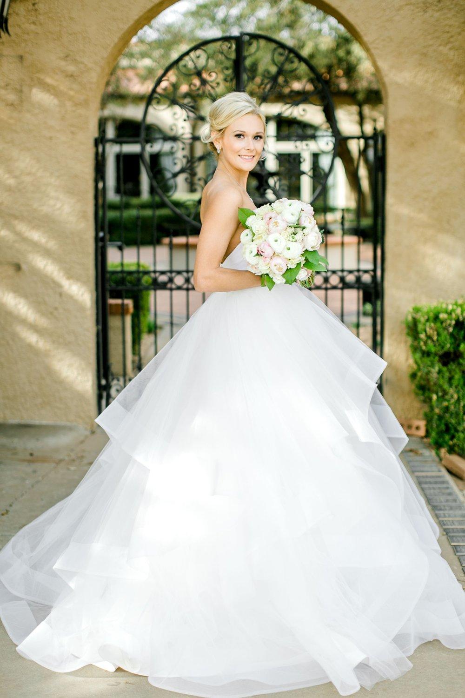 Taylor-Williams-Merket-Alumni-Center-Texas-Tech-Weddings-Lubbock-Photographer_0019.jpg
