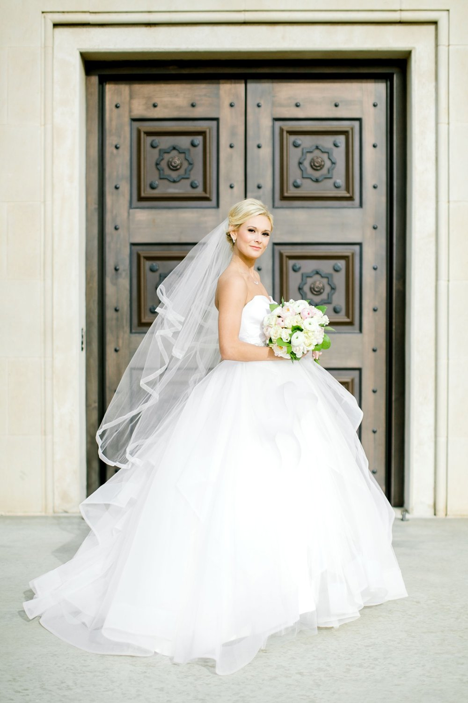 Taylor-Williams-Merket-Alumni-Center-Texas-Tech-Weddings-Lubbock-Photographer_0025.jpg