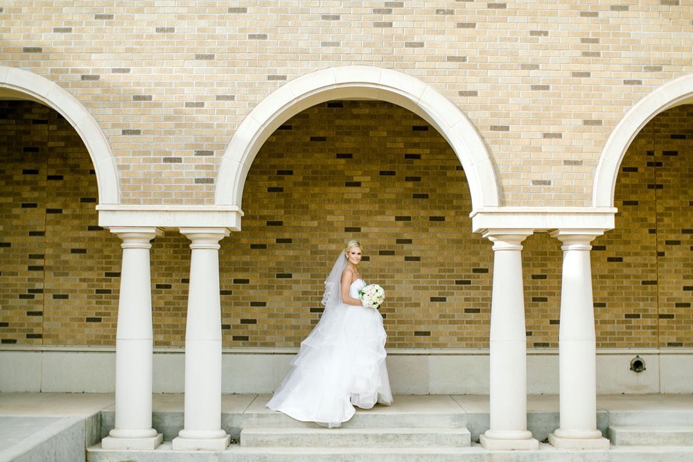 Taylor-Williams-Merket-Alumni-Center-Texas-Tech-Weddings-Lubbock-Photographer_0029.jpg