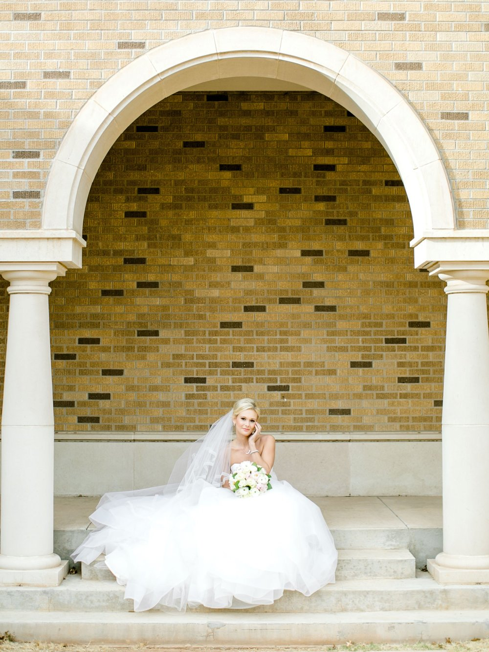 Taylor-Williams-Merket-Alumni-Center-Texas-Tech-Weddings-Lubbock-Photographer_0030.jpg