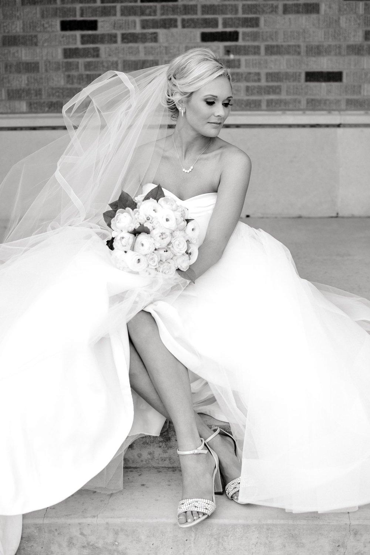 Taylor-Williams-Merket-Alumni-Center-Texas-Tech-Weddings-Lubbock-Photographer_0032.jpg