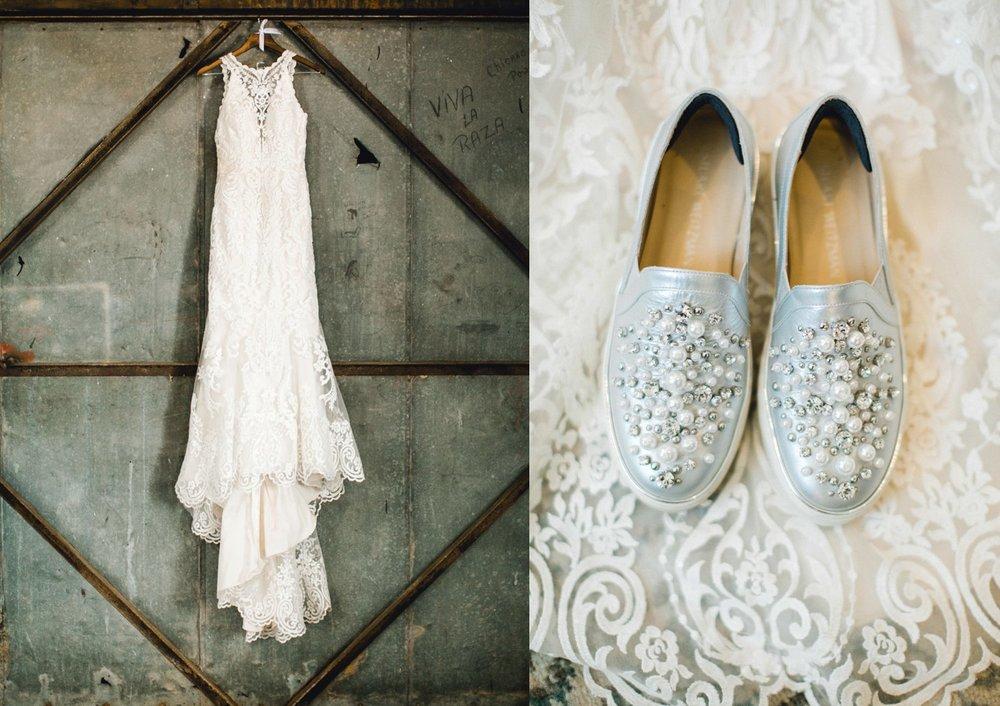 Jenna-and-garrett-Everett-kitalou-gin-lubbock-wedding-dayspring-designs-lubbock-wedding-photographer_0015.jpg
