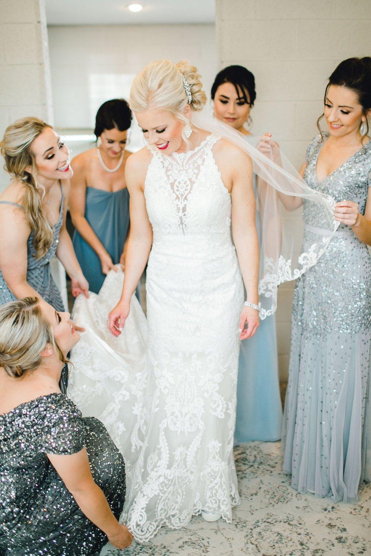 Jenna-and-garrett-Everett-kitalou-gin-lubbock-wedding-dayspring-designs-lubbock-wedding-photographer_0038.jpg