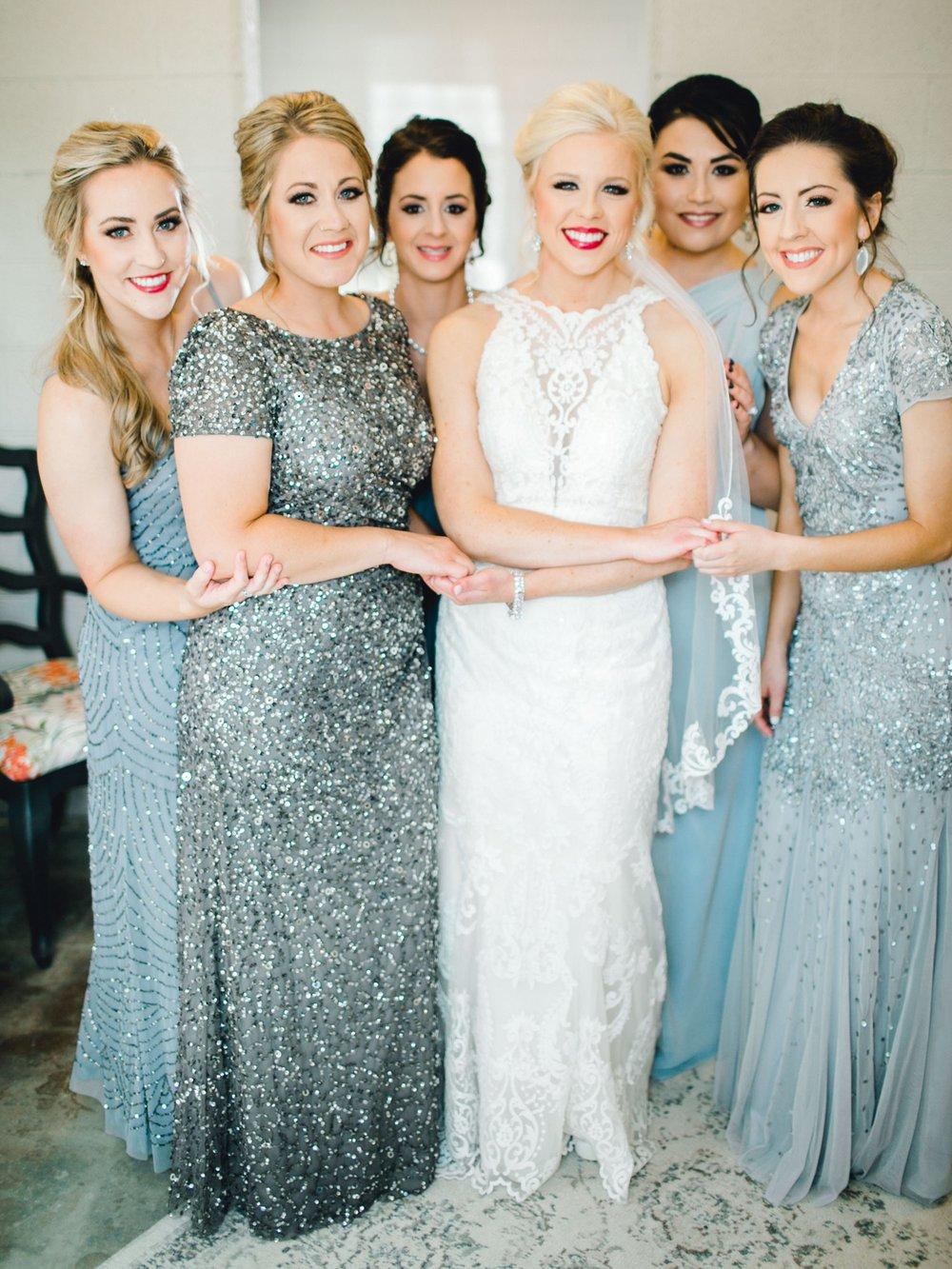 Jenna-and-garrett-Everett-kitalou-gin-lubbock-wedding-dayspring-designs-lubbock-wedding-photographer_0039.jpg