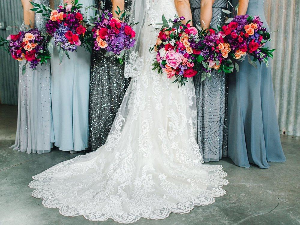 Jenna-and-garrett-Everett-kitalou-gin-lubbock-wedding-dayspring-designs-lubbock-wedding-photographer_0042.jpg