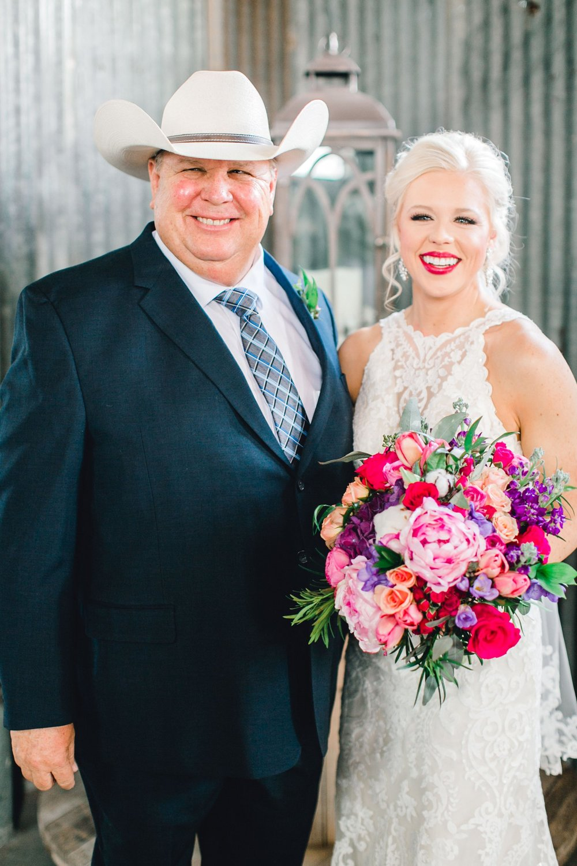 Jenna-and-garrett-Everett-kitalou-gin-lubbock-wedding-dayspring-designs-lubbock-wedding-photographer_0053.jpg