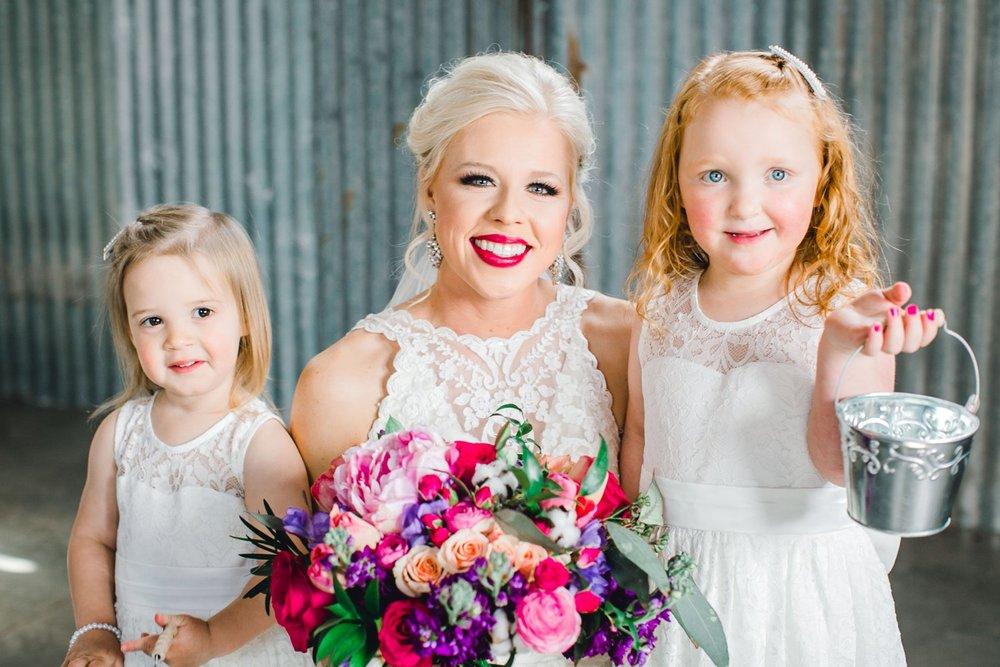 Jenna-and-garrett-Everett-kitalou-gin-lubbock-wedding-dayspring-designs-lubbock-wedding-photographer_0056.jpg
