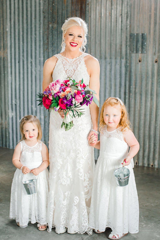 Jenna-and-garrett-Everett-kitalou-gin-lubbock-wedding-dayspring-designs-lubbock-wedding-photographer_0055.jpg