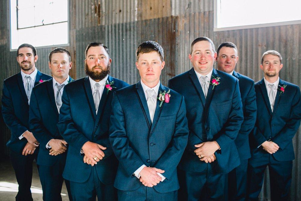 Jenna-and-garrett-Everett-kitalou-gin-lubbock-wedding-dayspring-designs-lubbock-wedding-photographer_0060.jpg