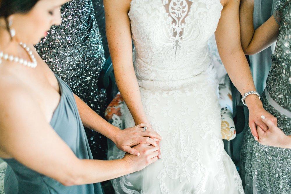 Jenna-and-garrett-Everett-kitalou-gin-lubbock-wedding-dayspring-designs-lubbock-wedding-photographer_0073.jpg