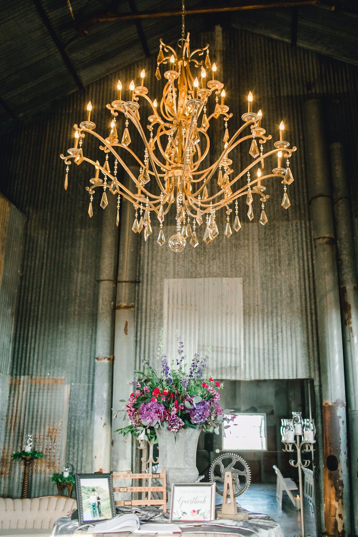 Jenna-and-garrett-Everett-kitalou-gin-lubbock-wedding-dayspring-designs-lubbock-wedding-photographer_0079.jpg