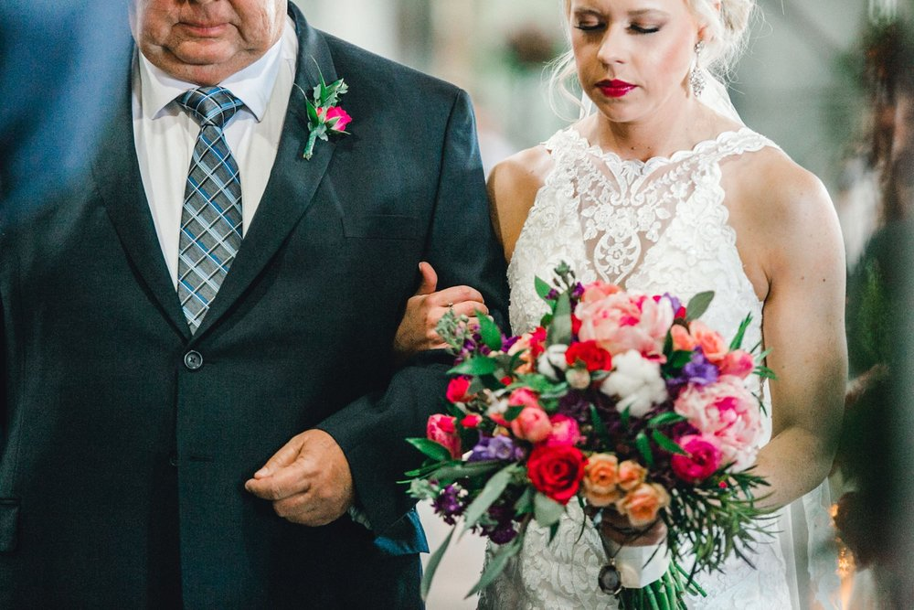 Jenna-and-garrett-Everett-kitalou-gin-lubbock-wedding-dayspring-designs-lubbock-wedding-photographer_0095.jpg