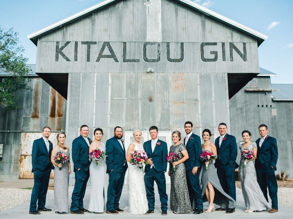 Jenna-and-garrett-Everett-kitalou-gin-lubbock-wedding-dayspring-designs-lubbock-wedding-photographer_0108.jpg