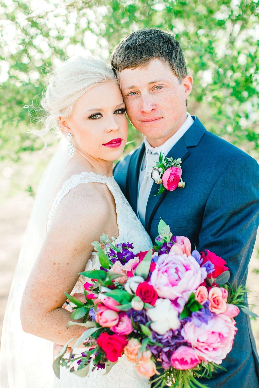 Jenna-and-garrett-Everett-kitalou-gin-lubbock-wedding-dayspring-designs-lubbock-wedding-photographer_0112.jpg