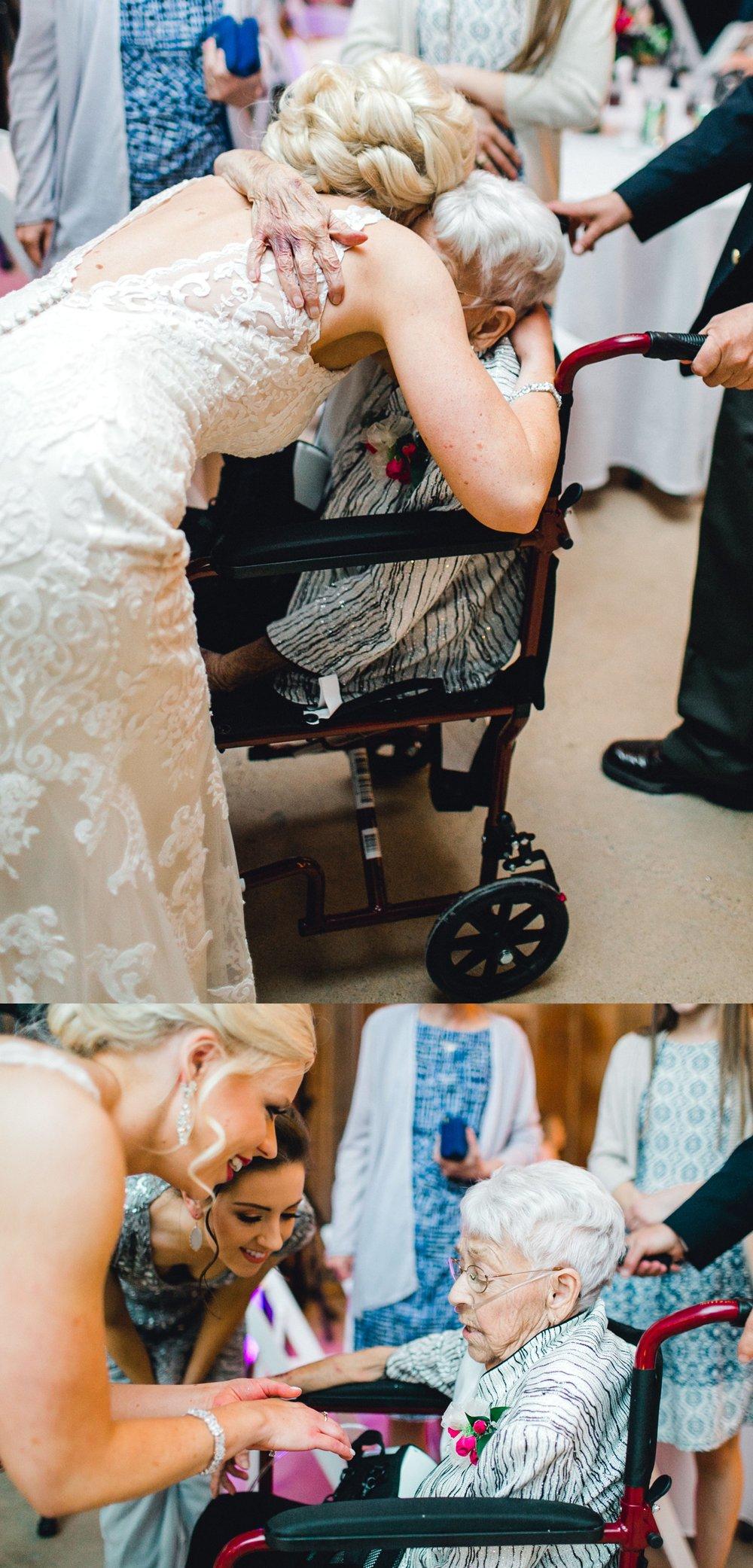 Jenna-and-garrett-Everett-kitalou-gin-lubbock-wedding-dayspring-designs-lubbock-wedding-photographer_0177.jpg