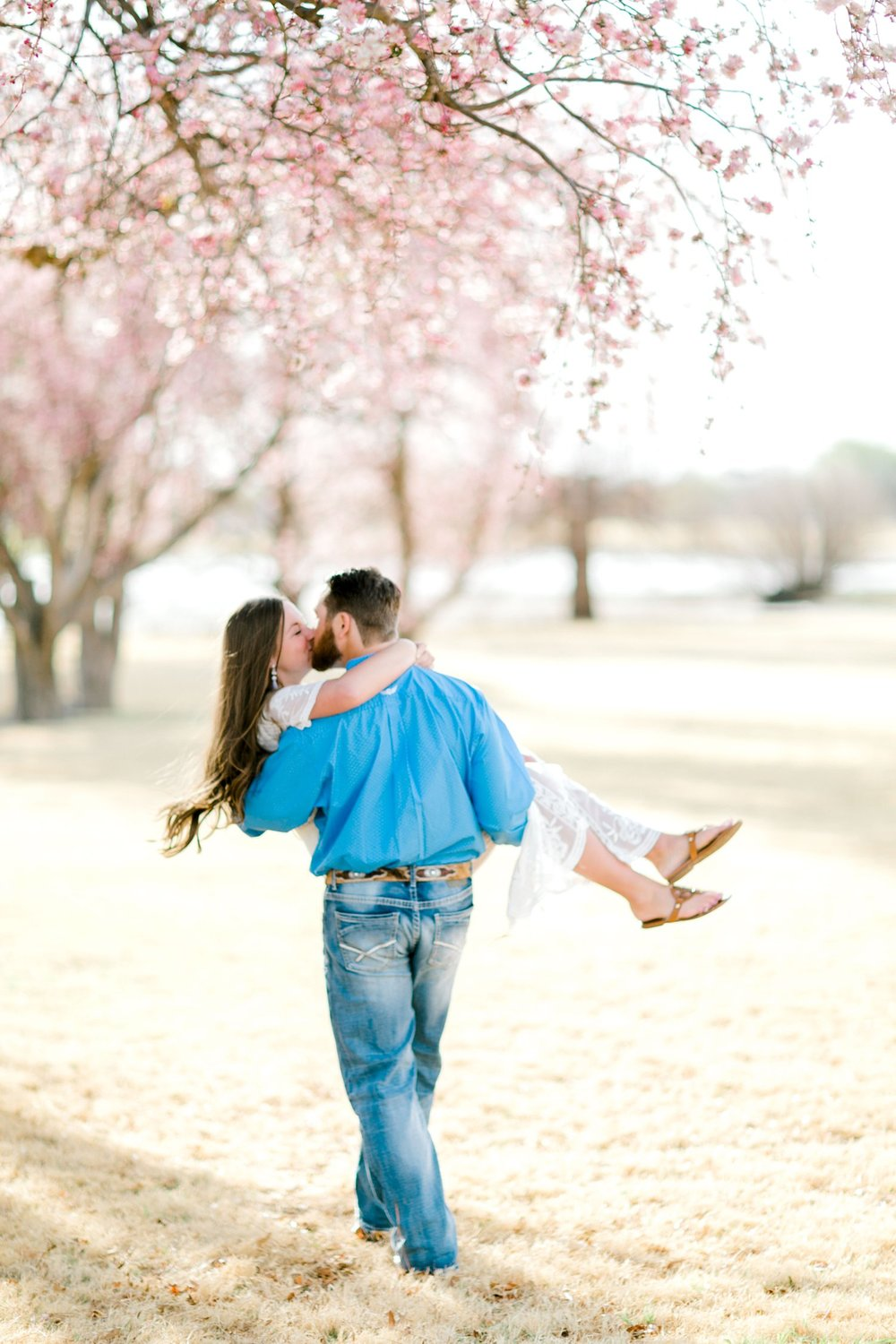 bailey-and-scotland-church-engagement-lubbock-photographer0030.jpg