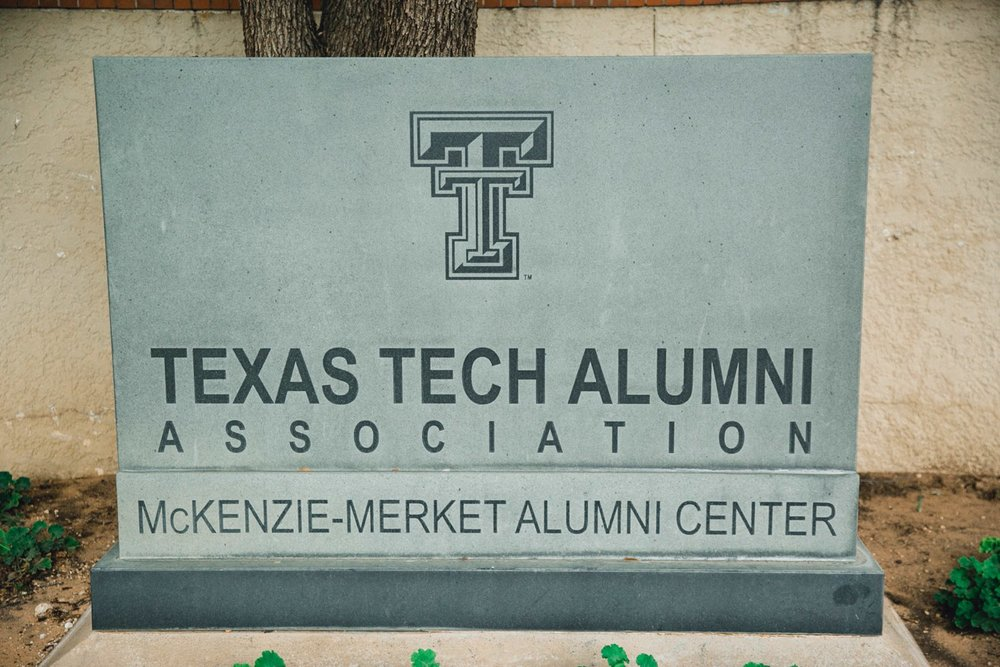 Taylor-and-Brock-Williams-Texas-Tech-University-Merket-Alumni-Center-Lubbock-Photographer-ALLEEJ0142.jpg