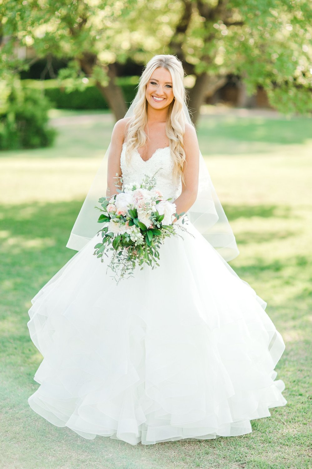 MADI_WRIGHT_BRIDALS_ALLEEJ_LUBBOCK_PHOTOGRAPHER0003.jpg