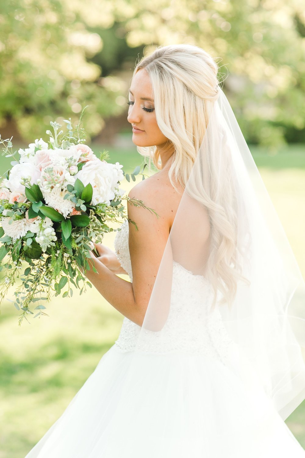 MADI_WRIGHT_BRIDALS_ALLEEJ_LUBBOCK_PHOTOGRAPHER0012.jpg