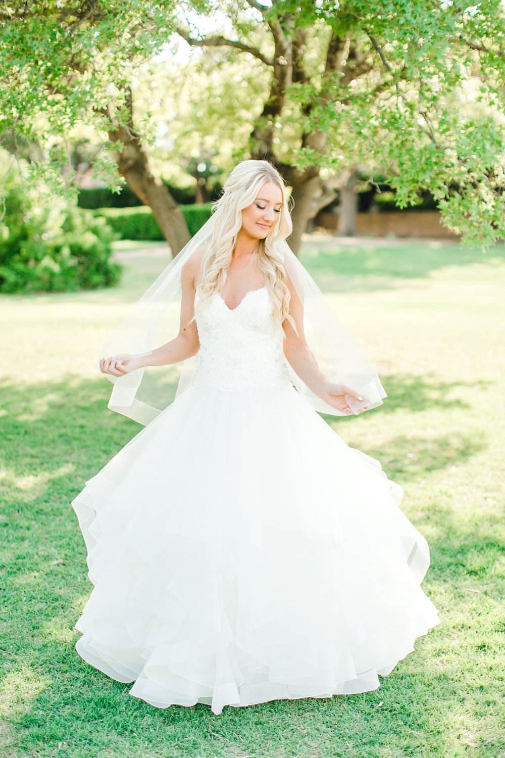 MADI_WRIGHT_BRIDALS_ALLEEJ_LUBBOCK_PHOTOGRAPHER0016.jpg