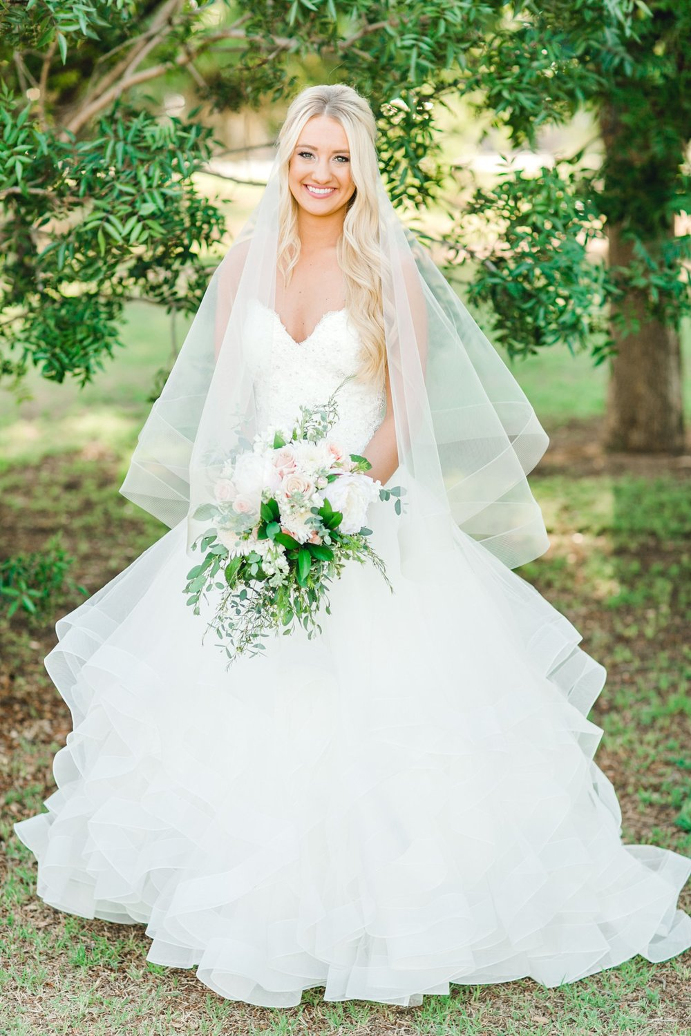 MADI_WRIGHT_BRIDALS_ALLEEJ_LUBBOCK_PHOTOGRAPHER0017.jpg