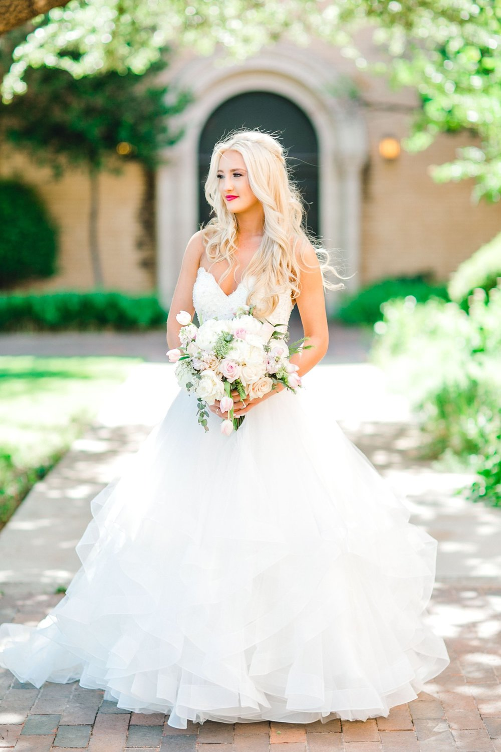 MADI_AND_WILL_STEPHENS_ALLEEJ_LUBBOCK_PHOTOGRAPHER_TEXAS+TECH+FRAZIER_ALUMNI0050.jpg