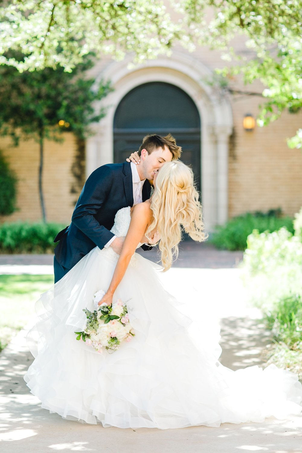 MADI_AND_WILL_STEPHENS_ALLEEJ_LUBBOCK_PHOTOGRAPHER_TEXAS+TECH+FRAZIER_ALUMNI0069.jpg