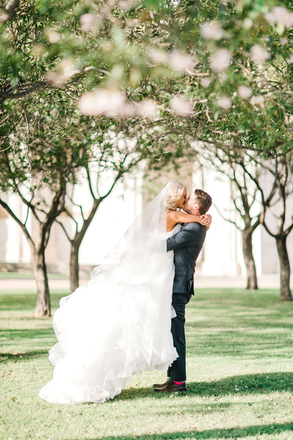 MADI_AND_WILL_STEPHENS_ALLEEJ_LUBBOCK_PHOTOGRAPHER_TEXAS+TECH+FRAZIER_ALUMNI0140.jpg