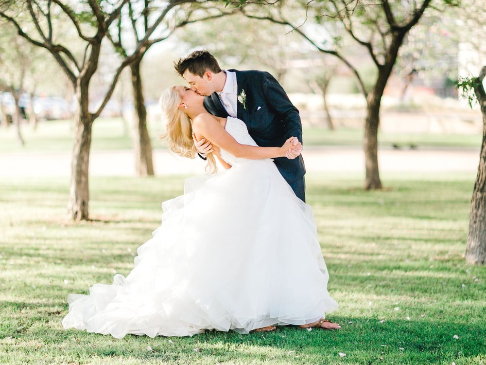 MADI_AND_WILL_STEPHENS_ALLEEJ_LUBBOCK_PHOTOGRAPHER_TEXAS+TECH+FRAZIER_ALUMNI0146.jpg