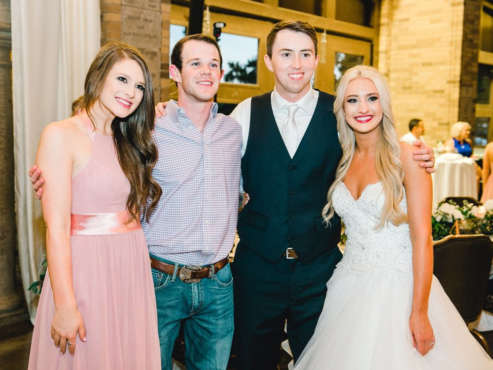 MADI_AND_WILL_STEPHENS_ALLEEJ_LUBBOCK_PHOTOGRAPHER_TEXAS+TECH+FRAZIER_ALUMNI0199.jpg
