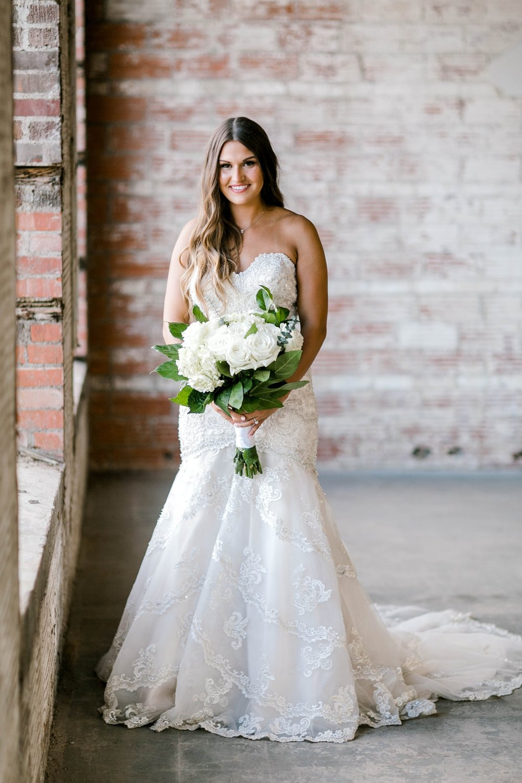 Kendra_Hill_Bridals_ALLEEJ_Lubbock_Wedding_Photographer_LHUCA_0005.jpg
