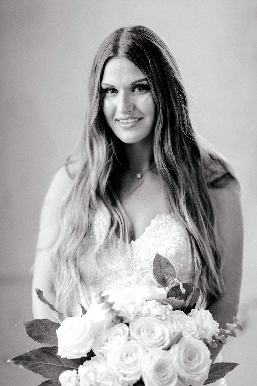 Kendra_Hill_Bridals_ALLEEJ_Lubbock_Wedding_Photographer_LHUCA_0006.jpg