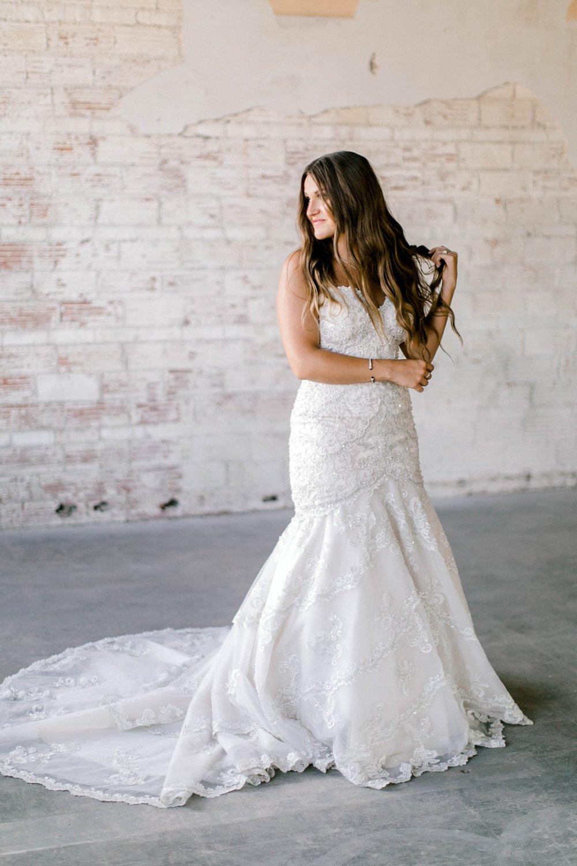 Kendra_Hill_Bridals_ALLEEJ_Lubbock_Wedding_Photographer_LHUCA_0008.jpg