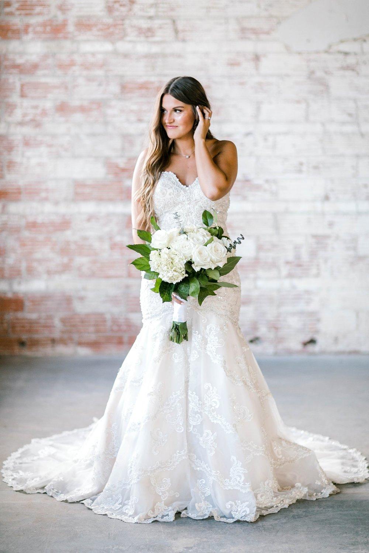 Kendra_Hill_Bridals_ALLEEJ_Lubbock_Wedding_Photographer_LHUCA_0021.jpg