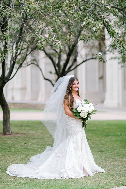 Kendra_Hill_Bridals_ALLEEJ_Lubbock_Wedding_Photographer_LHUCA_0051.jpg