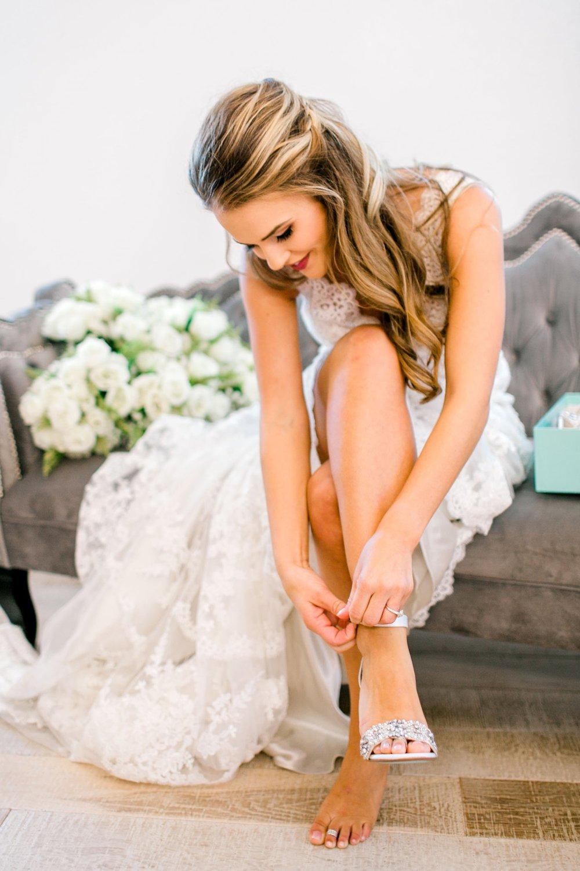 Aleah_and_Rowdy_Fenwick_Hidden_Creek_Events_Heath_Texas_Lubbock_Photographer_ALLEEJ_Weddings_0005.jpg