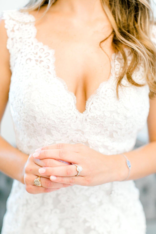 Aleah_and_Rowdy_Fenwick_Hidden_Creek_Events_Heath_Texas_Lubbock_Photographer_ALLEEJ_Weddings_0006.jpg