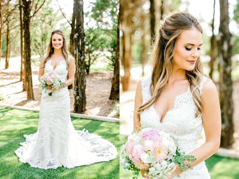 Aleah_and_Rowdy_Fenwick_Hidden_Creek_Events_Heath_Texas_Lubbock_Photographer_ALLEEJ_Weddings_0015.jpg