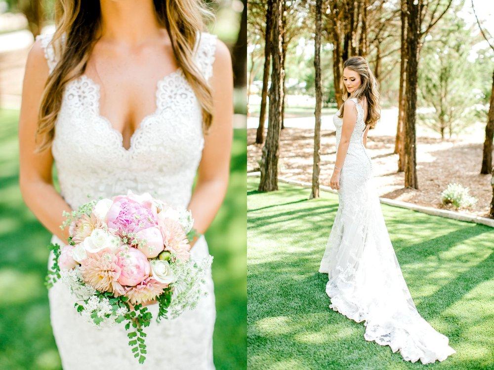 Aleah_and_Rowdy_Fenwick_Hidden_Creek_Events_Heath_Texas_Lubbock_Photographer_ALLEEJ_Weddings_0019.jpg