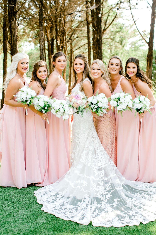 Aleah_and_Rowdy_Fenwick_Hidden_Creek_Events_Heath_Texas_Lubbock_Photographer_ALLEEJ_Weddings_0029.jpg