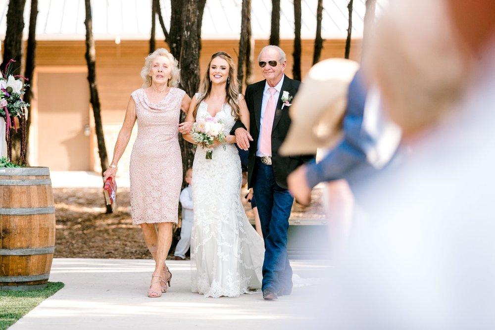 Aleah_and_Rowdy_Fenwick_Hidden_Creek_Events_Heath_Texas_Lubbock_Photographer_ALLEEJ_Weddings_0050.jpg