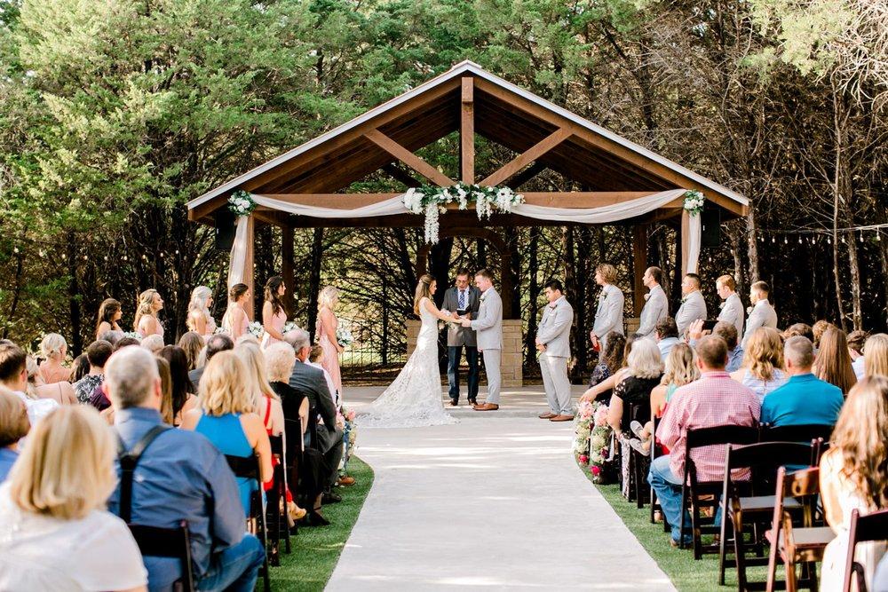 Aleah_and_Rowdy_Fenwick_Hidden_Creek_Events_Heath_Texas_Lubbock_Photographer_ALLEEJ_Weddings_0057.jpg