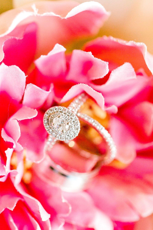 Aleah_and_Rowdy_Fenwick_Hidden_Creek_Events_Heath_Texas_Lubbock_Photographer_ALLEEJ_Weddings_0103.jpg