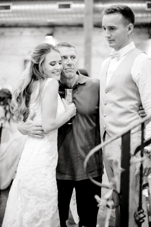 Aleah_and_Rowdy_Fenwick_Hidden_Creek_Events_Heath_Texas_Lubbock_Photographer_ALLEEJ_Weddings_0126.jpg