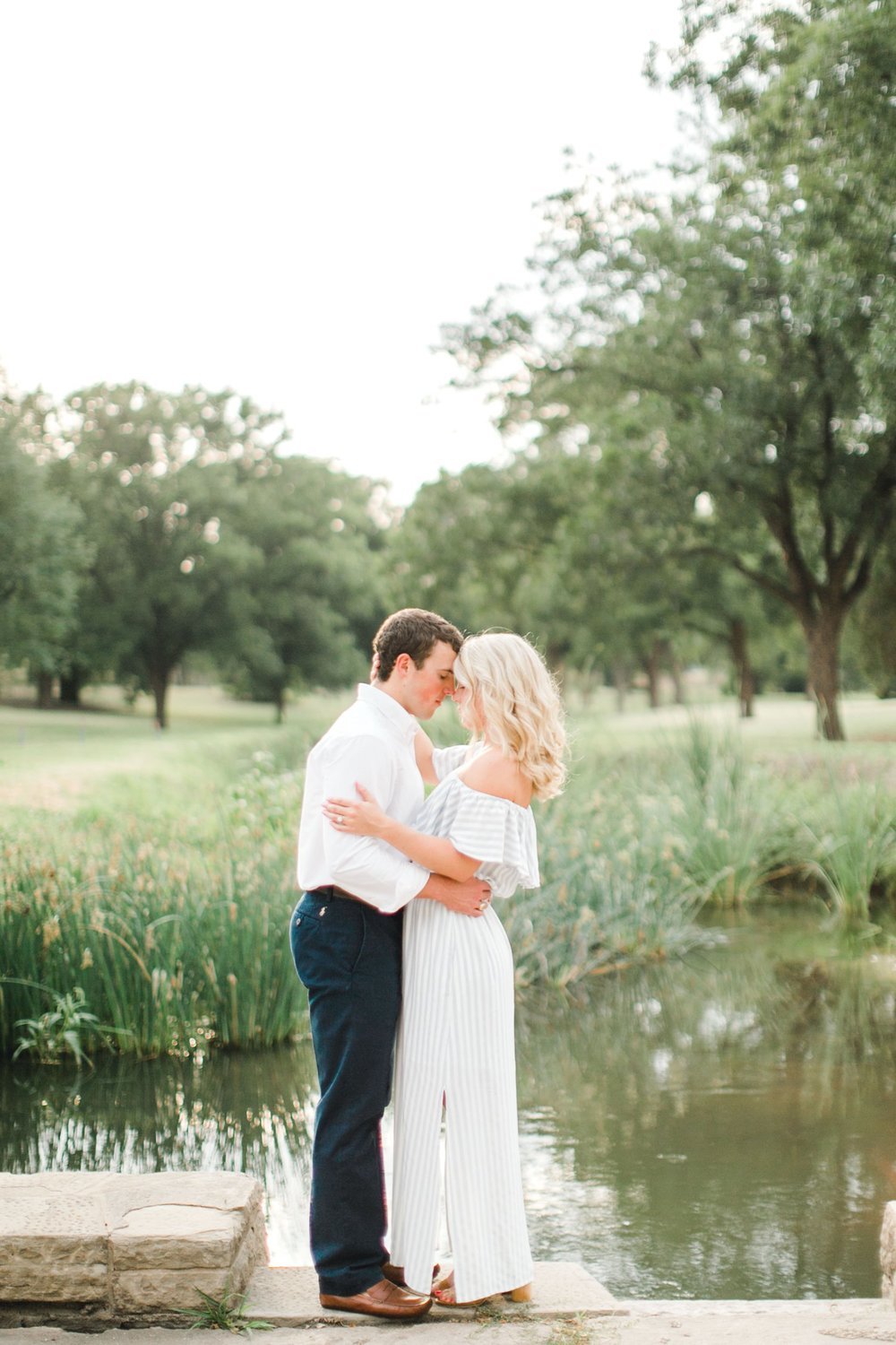 Allison_and_Clay_Smart_Engagements_ALLEEJ_Lubbock_Photographer_0014.jpg