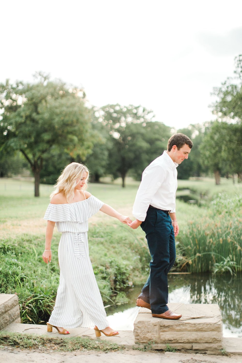 Allison_and_Clay_Smart_Engagements_ALLEEJ_Lubbock_Photographer_0020.jpg