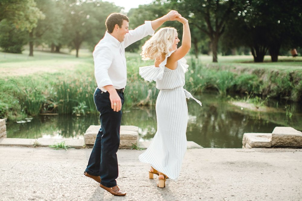 Allison_and_Clay_Smart_Engagements_ALLEEJ_Lubbock_Photographer_0025.jpg