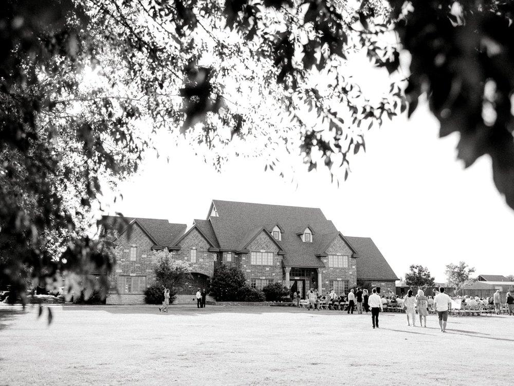 BAILEY_AND_SCOTLAND_CHURCH_ALLEEJ_LUBBOCK_WEDDING_PHOTOGRAPHER_0054.jpg